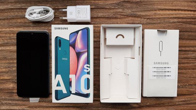 آنباکس گوشی موبایل سامسونگ Samsung Galaxy A10s