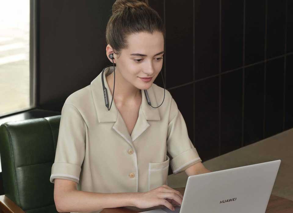 خرید اینترنتی هدفون بیسبم هوآوی Freelace pro از فروشگاه اینترنتی آوند موبایل